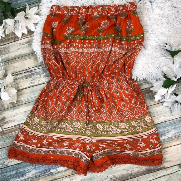 8491b5443fef Angie Orange Floral Sleeveless Romper Size Small